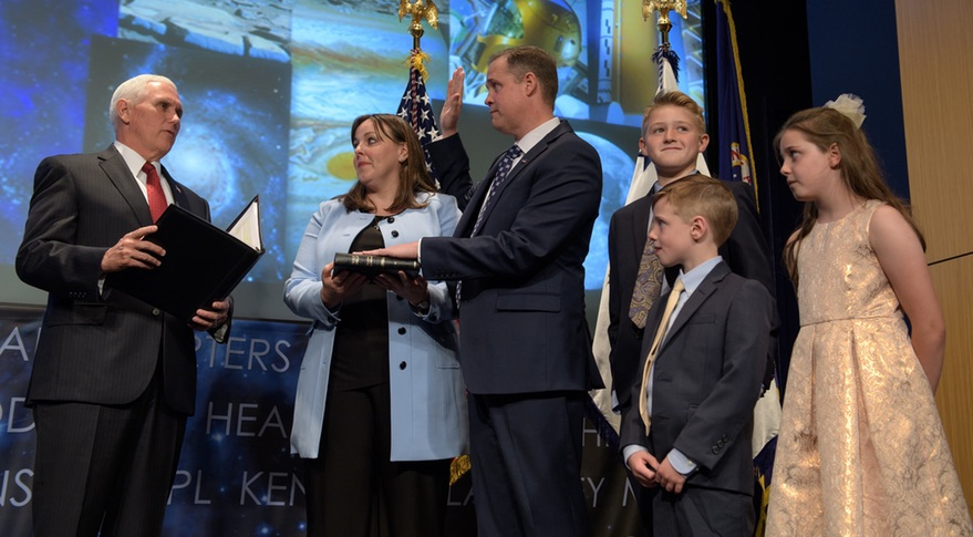 Bridenstine Sworn in as NASA Administrator