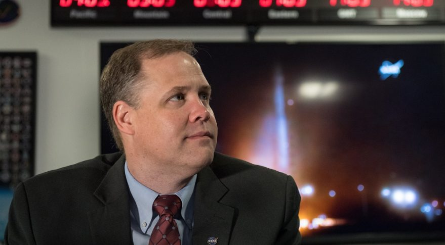 NASA Administrator Jim Bridenstine watches the May 5 launch of NASA's InSight spacecraft on a United Launch Alliance Atlas 5 rocket. Credit: NASA/Aubrey Gemignani