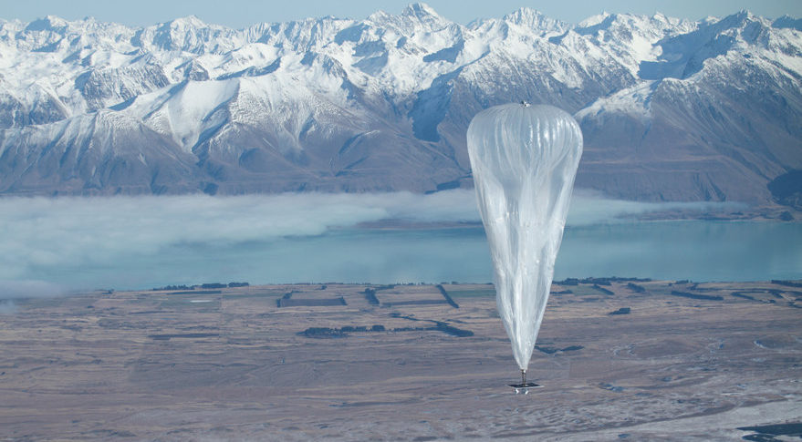 Loon balloons carry LTE base stations to extend internet service to remote areas. This Loon is flying over New Zealand. Credit: Loon