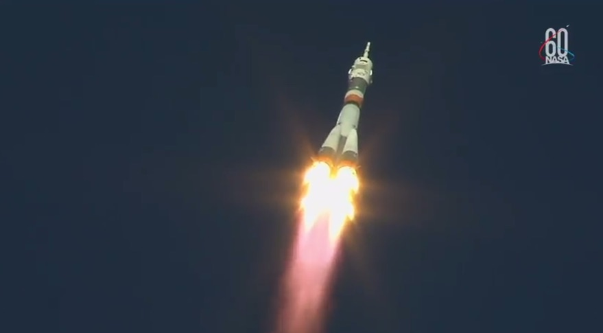 US, Russian astronauts blast off to space station