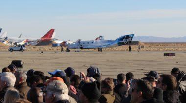 SpaceShipTwo landing