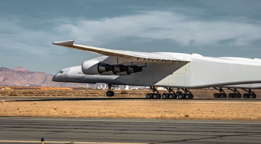 Stratolaunch taxt test