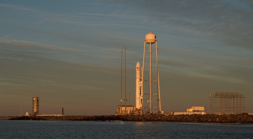 Food shipment launches towards International Space Station World News