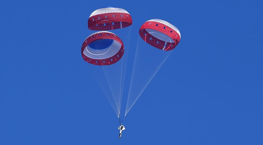 CST-100 Starliner parachute test