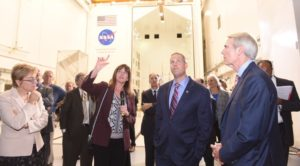 NASA Glenn center director to