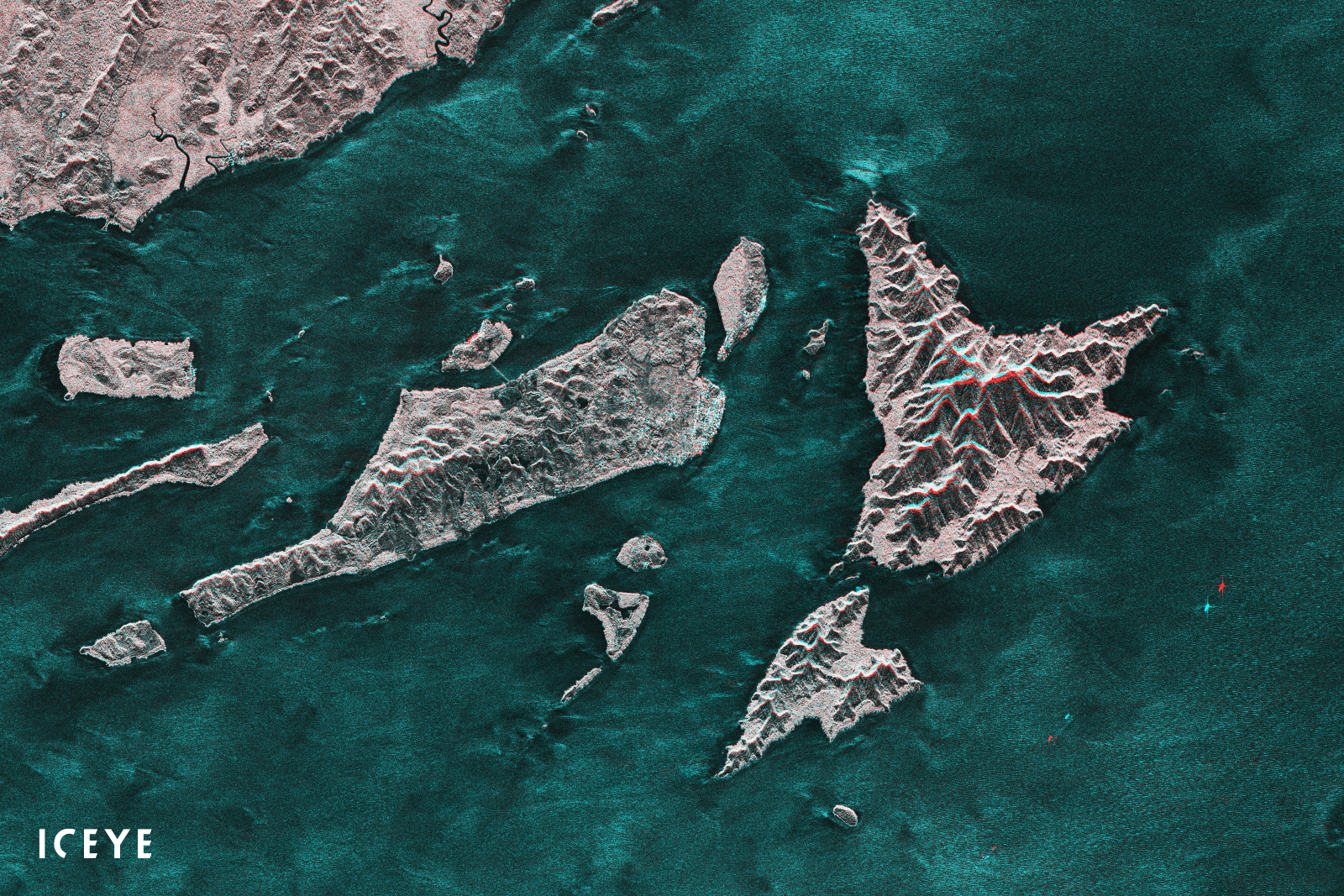ICEYE-July-2019-satellites-Indonesia-2-images-within-minutes-from-each-other  - SpaceNews com