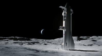 Starship on the moon
