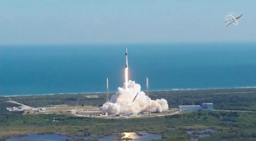 SpaceX Falcon Heavy rocket successfully blasts off