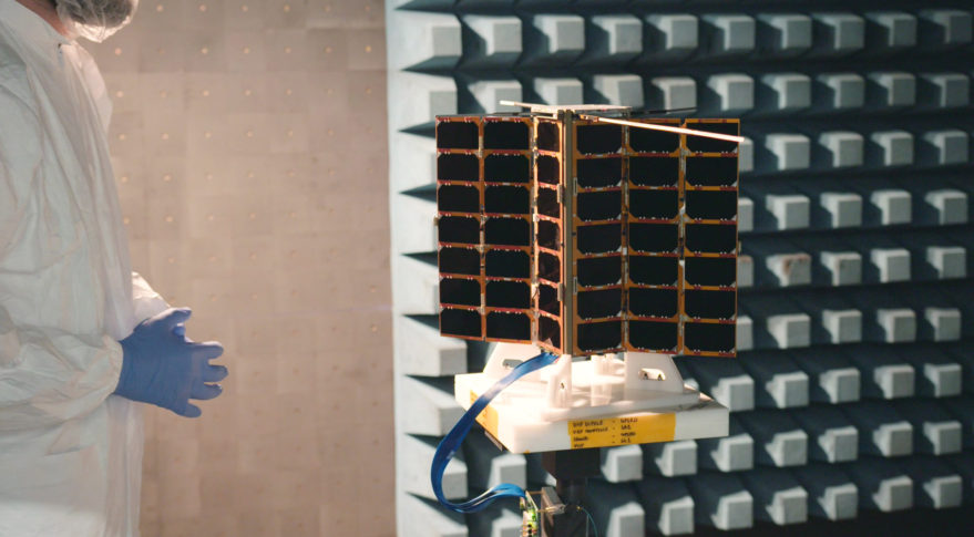 Spire adding cross links to cubesat constellation