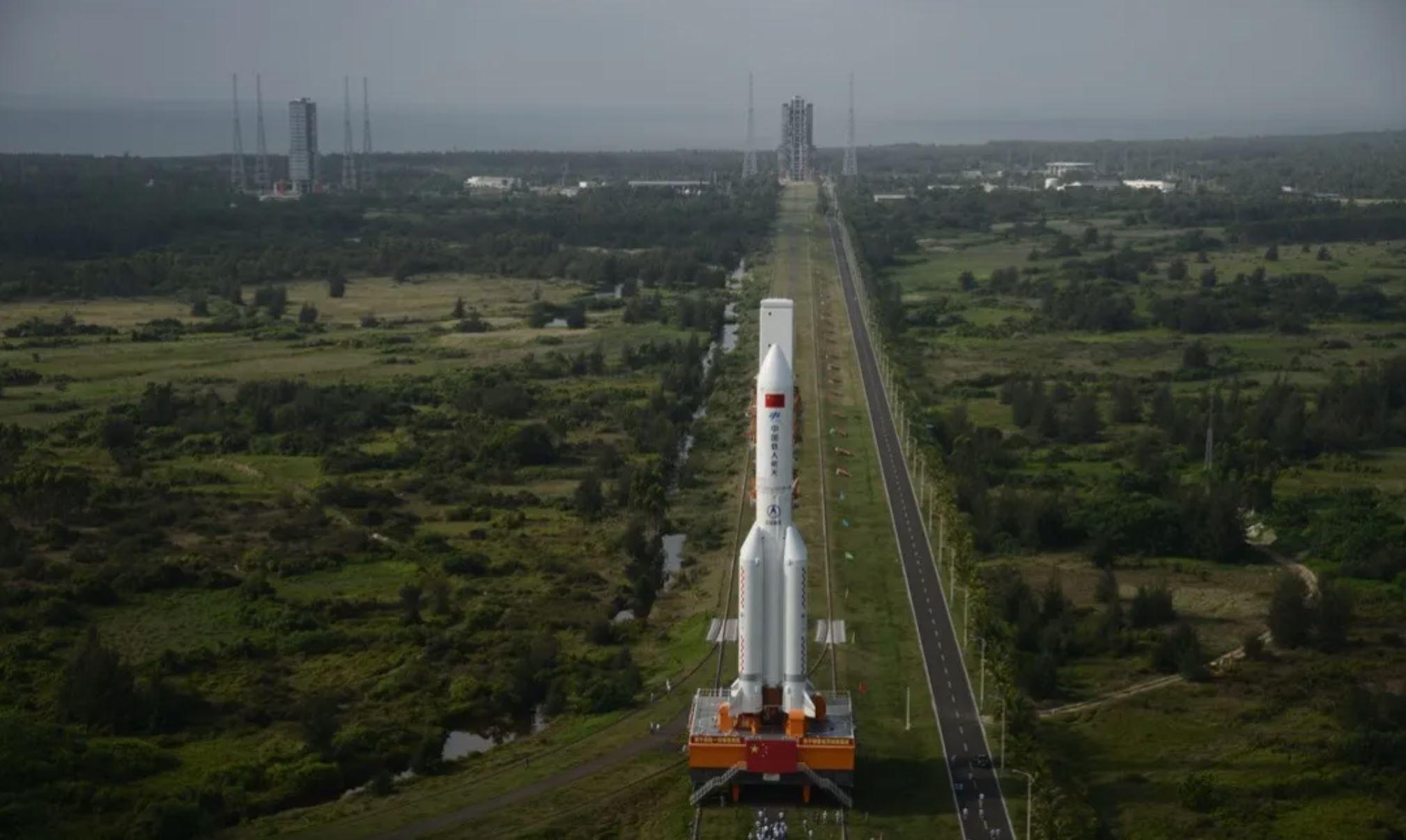 Chinese rocket stage predicted to reenter atmosphere around May 8 -  SpaceNews