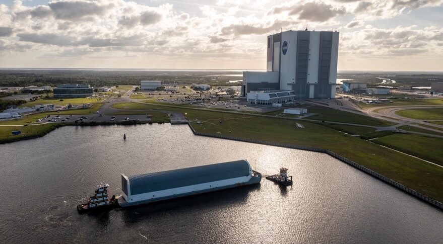 SLS core stage at KSC