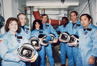 - 722342main challenger full full 371x253 - Op-ed   Honor Our Fallen Space Pioneers This Memorial Day