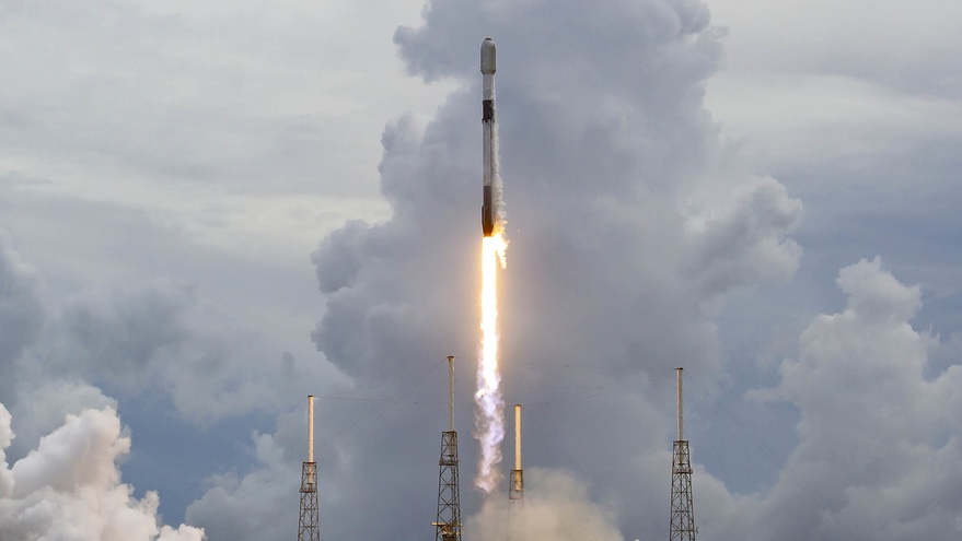 Varda Space selects SpaceX for launch of first space manufacturing satellite – SpaceNews