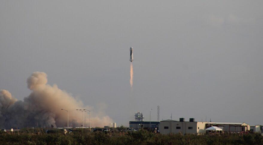 NS-16 liftoff