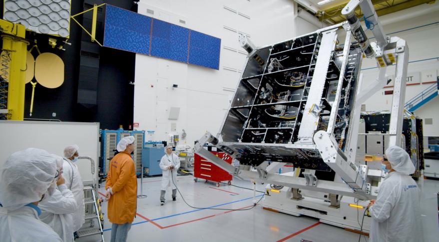 O3b mPOWER satellite hardware