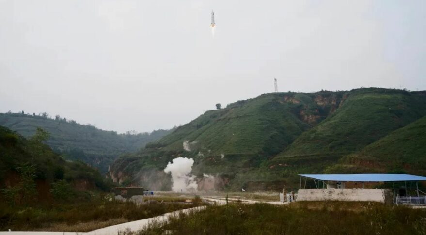 A 100-meter-altitude vertical takeoff, vertical landing test at Tongchuan, Shaanxi Province, conducted by Deep Blue Aerospace, October 13, 2021.