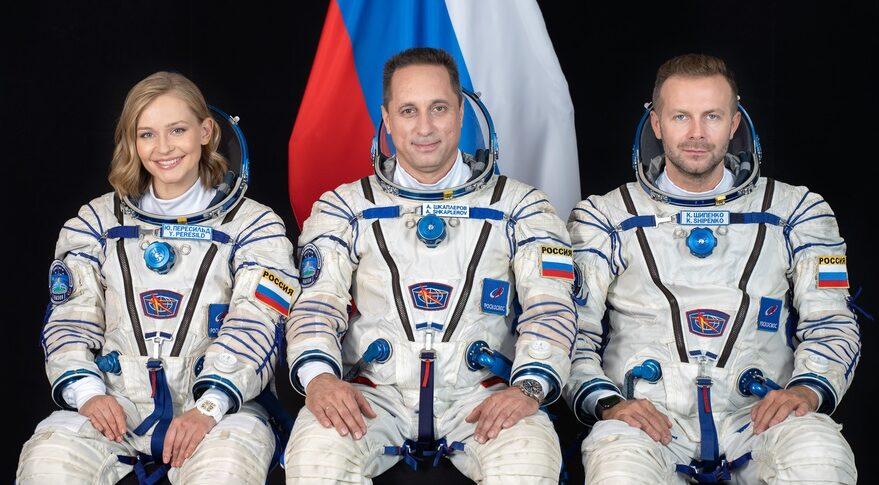 Soyuz MS-19 crew